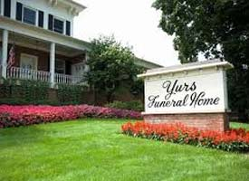Yurs Funeral Home in St Charles